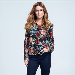 Seven7 Floral Tie Front Tassel Top Black Small